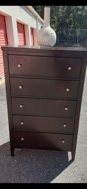 QUALITY SOLID WOOD 5 BIG DRAWERS DRAWERS SLIDING SMOOTHLY EXCELLENT CONDITION for Sale in Fairfax, VA
