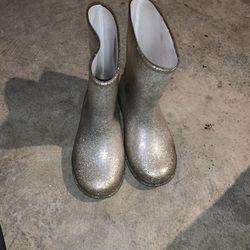 Size 10 Girls Rain Boots Gymboree for Sale in Visalia,  CA