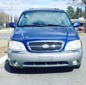 2004 Kia Sedona for Sale in Enfield, CT