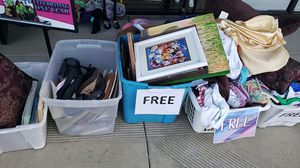FREE Items for Sale in Anaheim, CA