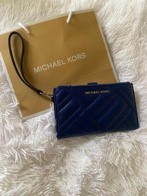 Michael kors Wallet for Sale in Niederwald, TX