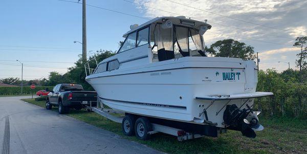 Bayliner 2859 28 foot boat 1999