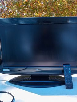 Sharp 25in.flat screen TV with built in DVD player HDTV for Sale in Clearwater,  FL
