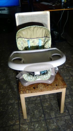 Fisher-Price & Ingenuity Baby/Toddler Booster Seats for Sale in Fair Lawn, NJ