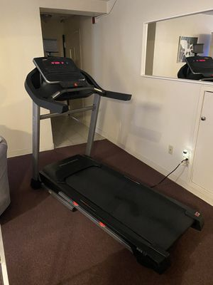 ProForm 965CT Professional Treadmill for Sale in Pawtucket, RI
