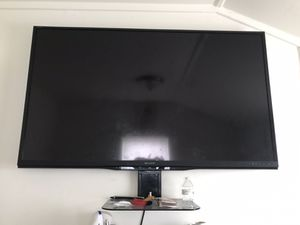 60 inch sharp tv willing to show that it works upon arrival for Sale in Richmond, VA