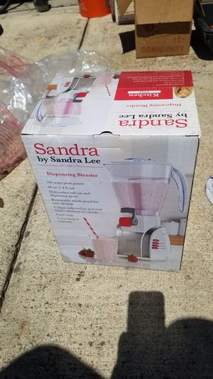 Blender with pour spout for Sale in Antioch, CA