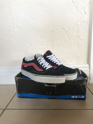 Skate shoes vans, Osiris, Lakai, dekline, emerica all size 10 for Sale in Coral Gables, FL