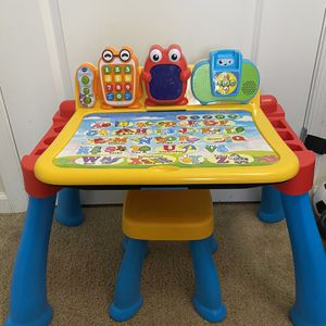 VTech Touch & Learn activity Desk Deluxe for Sale in Baltimore, MD