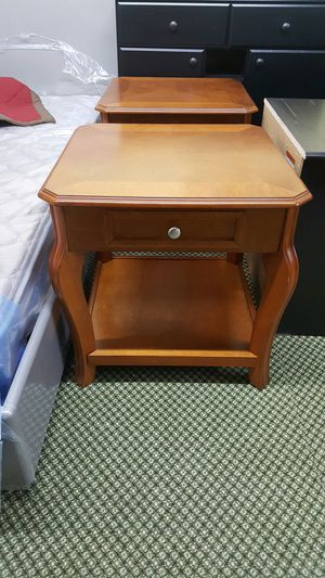 end tables for Sale in Dearborn, MI