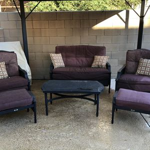 Outdoor Patio Furniture Set for Sale in Rancho Cucamonga, CA