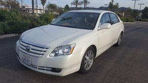 2006 Toyota Avalon Limited clean title like new all power lexury smogged beautiful pearl white with Ivory leather interior runs & looks like new for Sale in San Marcos, CA