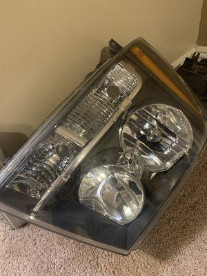 2007 Chevy Tahoe headlights. for Sale in Bakersfield, CA