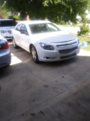2011 CHEVY MALIBU/FULLY LOADED WITH LOW MILES for Sale in Stone Mountain, GA
