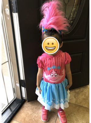 Princess trolls poppy dress and head band for Sale in Bassett, CA