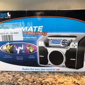 Sirius STB2 Boombox And ST2 Starmate Receiver (not Activated) for Sale in Virginia Beach, VA