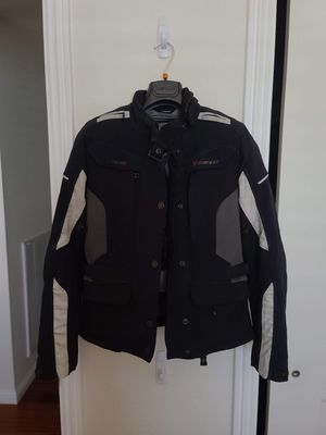 Dainese Zima goretex jacket & travel guard goretex pants size 42 for Sale in Daly City, CA