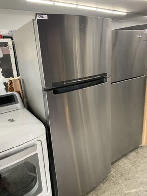 Whirlpool top & bottom in stainless steel open box for Sale in Hacienda Heights, CA