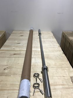 Barbell , 7ft 45lbs Olympic Barbell for Sale in Anaheim,  CA