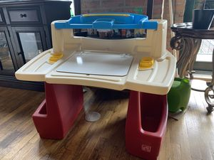 Step 2 deluxe art master Kids desk for Sale in Chicago, IL