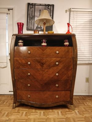 "Solid wood modern dresser/TV stand with shelf and big 5 drawers, pet free smoke free, dovetail drawers. L48""*W20""*H54.5"" for Sale in Annandale, VA"