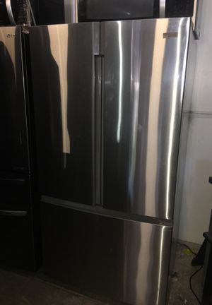 Insignia French Door Bottom Freezer for Sale in San Diego, CA