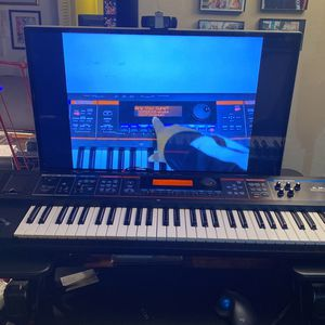 Juno Di Mobile Synthesizer for Sale in Deerfield Beach, FL