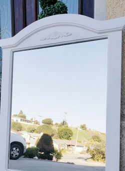 Pure WHITE Vanity Beveled Mirror ONLY for Dresser Chest for Sale in Monterey Park,  CA