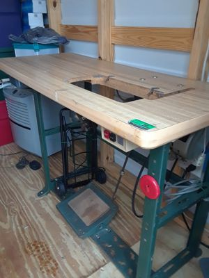 Industrial sewing machine table with the modem!!! for Sale in Lakeland, FL