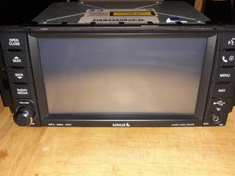 Jeep Factory Radio w/navigation for Sale in Tucson,  AZ