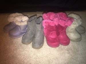 Toddler GIRL Boots SIZE 4 for Sale in Philadelphia, PA