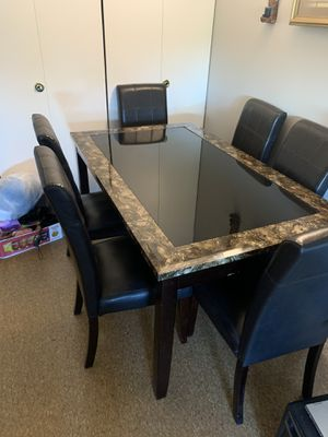 6 chair dining table for Sale in Peabody, MA
