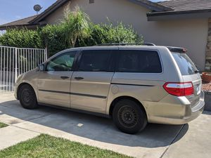 Honda Odyssey LX Minivan 2007 for Sale in Diamond Bar, CA