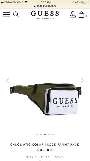 Guess fanny pack shoulder bag waist bag NEW for Sale in Long Beach, CA