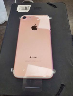iPhone 7 32GB Like New ( Unlocked for any carrier ) for Sale in Silver Spring, MD