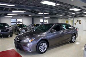 2015 Toyota Camry 58k milage for Sale in Gaithersburg, MD