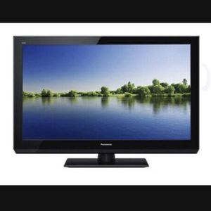 "Panasonic Viera TC-L32LX44 32"" 1080P TV for Sale in Orange, CA"