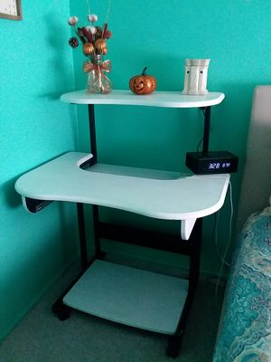 Desk for Sale in Santa Ana, CA