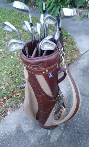 Golf Bag and Clubs for Sale in Clearwater, FL