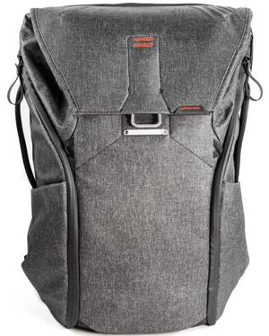 Peak Design Everyday Backpack 30L Charcoal for Sale in Hollywood, FL