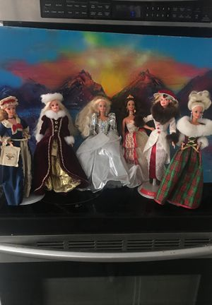 ON HOLD for Kathy. unboxed fancy BARBIE collectors items for Sale in Garland, TX