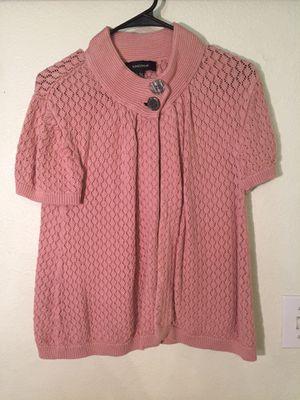 Jones Wear pink knit short sleeved shawl for Sale in North Las Vegas, NV