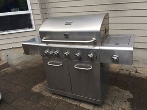 Kenmore Elite 5 burner gas grill for Sale in Tualatin, OR
