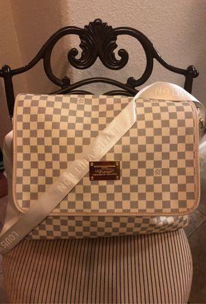 Beautiful messenger bag 💼 for Sale in Elk Grove, CA