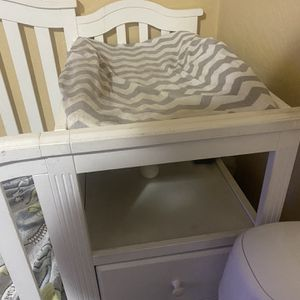 Crib/changing table for Sale in University Place, WA