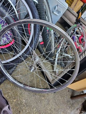 20 inches for Sale in Bloomingdale, IL