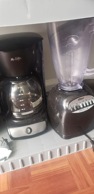 Combo Coffee Maker and Blender for Sale in Philadelphia, PA
