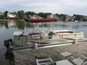 25' Misty Harbor Pontoon Boat w/ Trailer for Sale in White Lake charter Township, MI