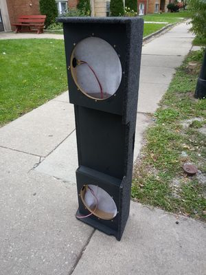 Dual 12 inch subwoofer box for silverado for Sale in Chicago, IL