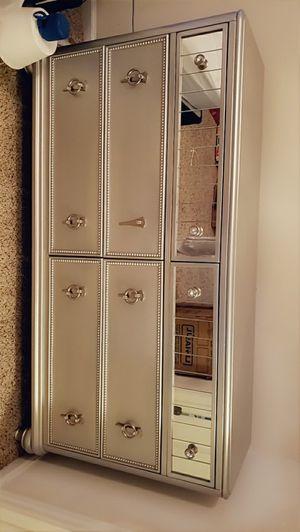 Gray Dresser for Sale in Spring, TX